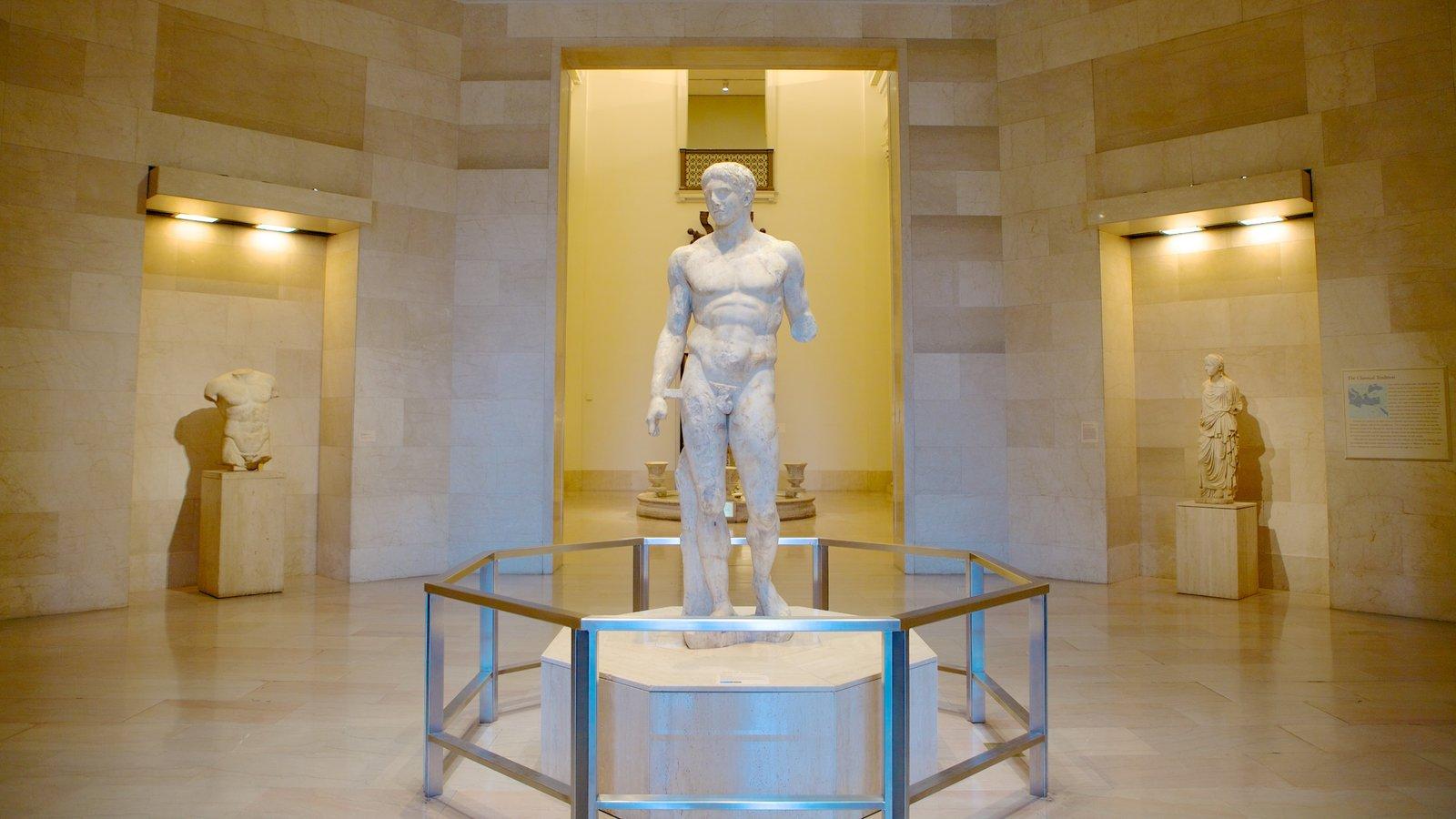 Minneapolis Institute of Arts caracterizando uma estátua ou escultura, vistas internas e arte