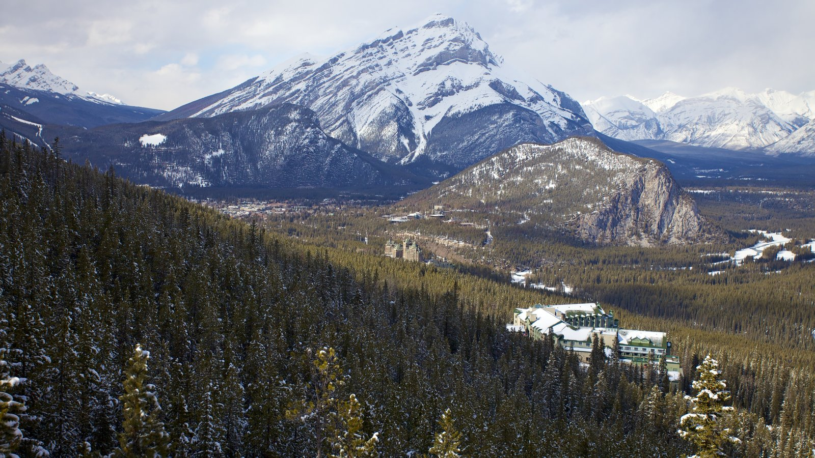 Banff Gondola showing snow, landscape views and mountains