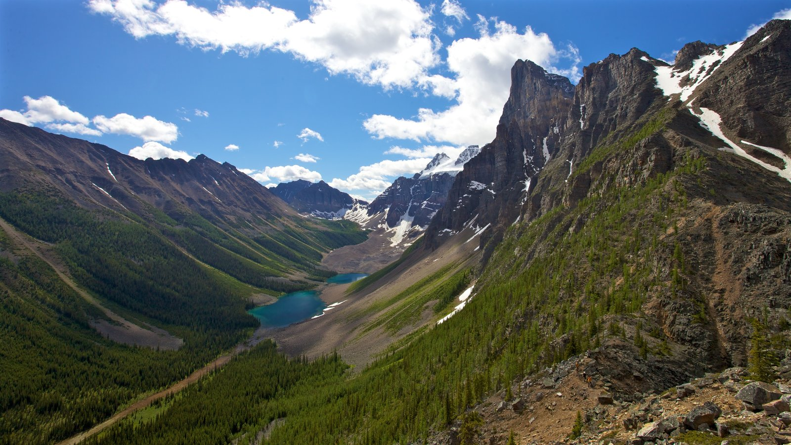 Moraine Lake which includes mountains and landscape views