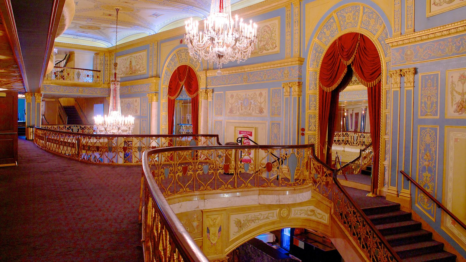 Detroit Opera House mostrando arquitetura de patrimônio e vistas internas