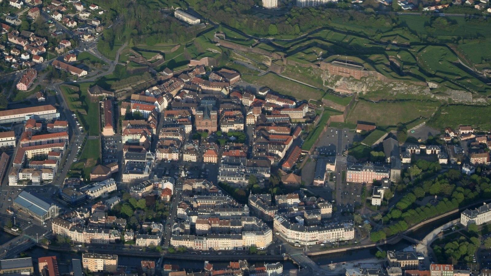 Belfort ofreciendo una ciudad