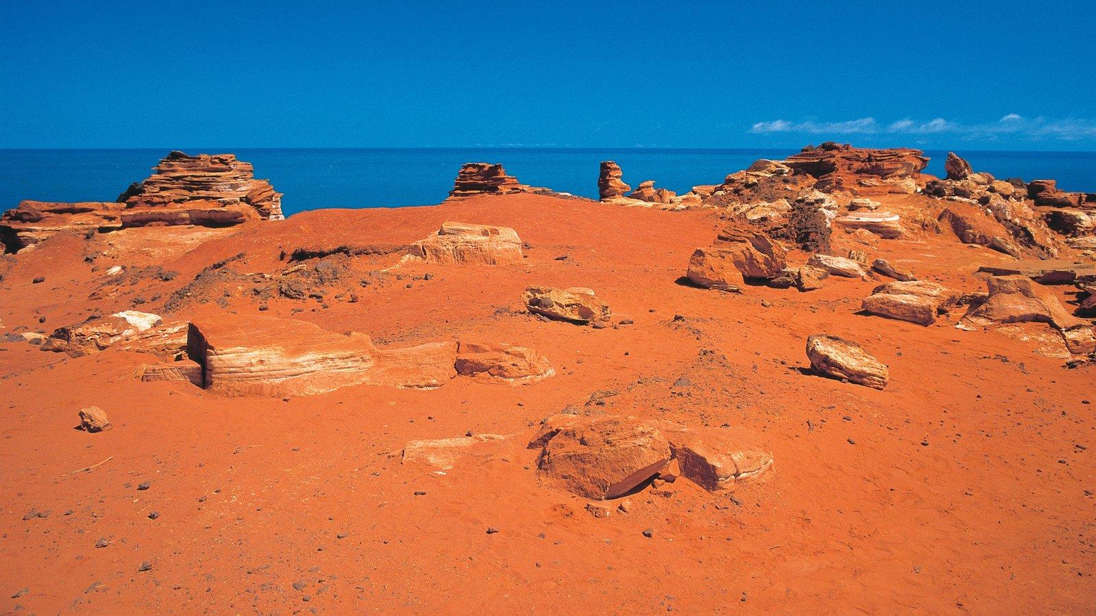Broome que incluye vistas generales de la costa y vistas al desierto