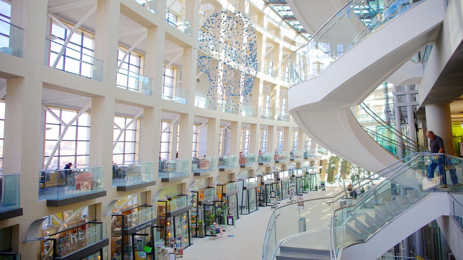 Salt Lake Public Library Main Building mostrando arquitectura moderna y vistas interiores