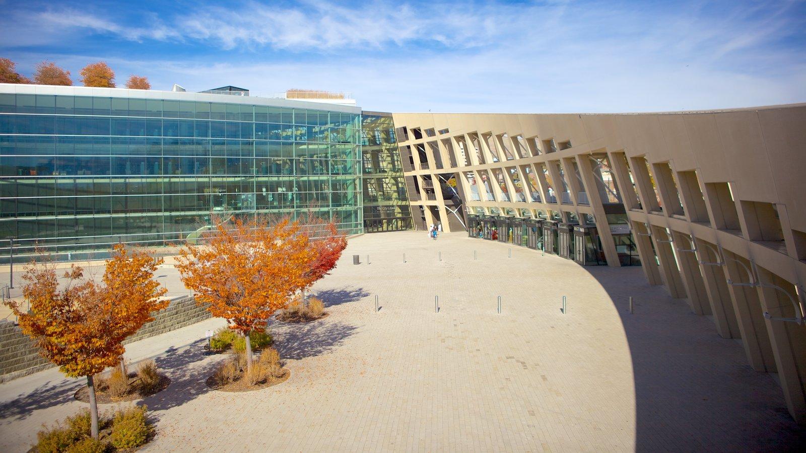 Edifício Principal da Biblioteca Pública de Salt Lake caracterizando arquitetura moderna