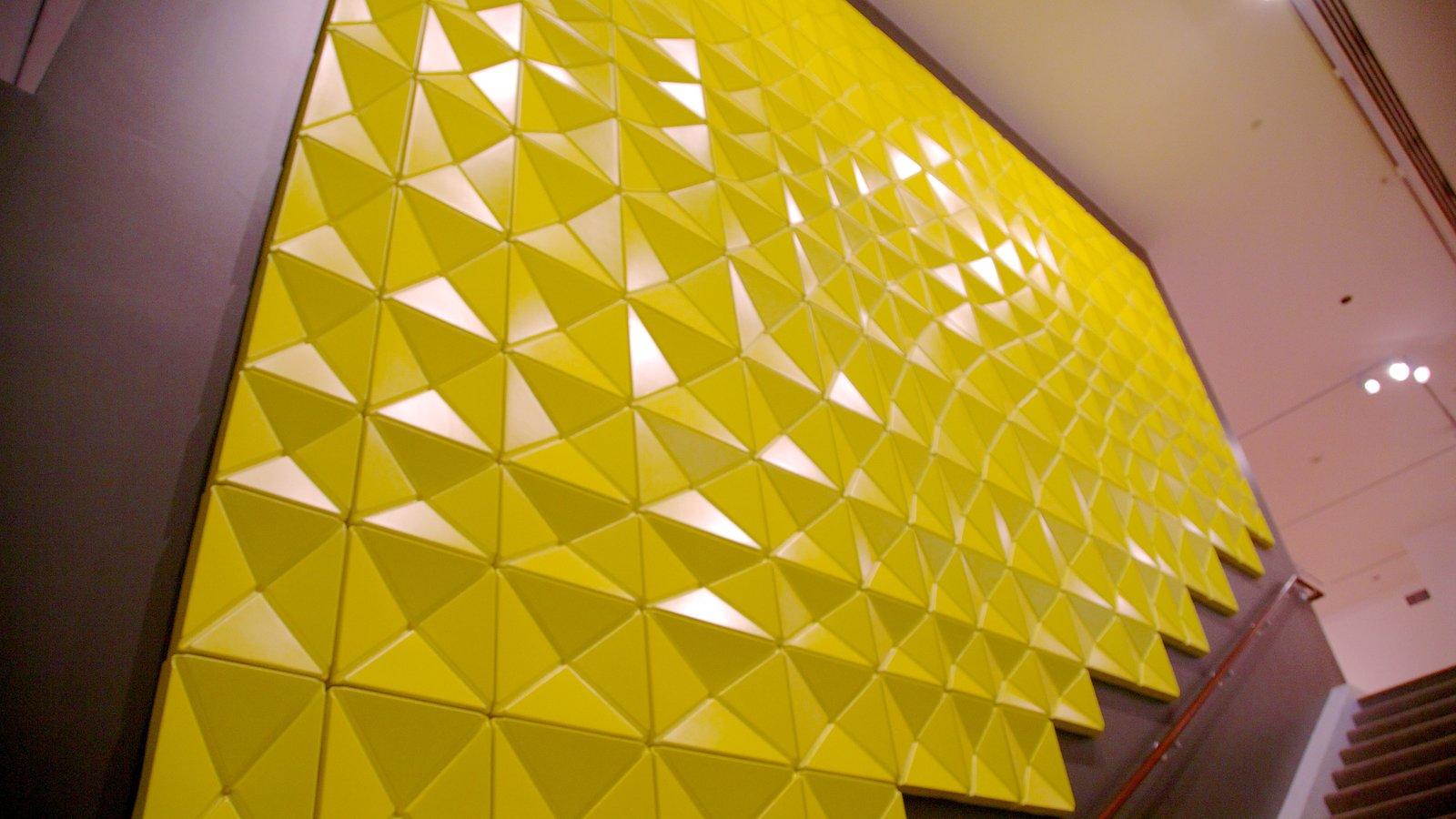 Palm Springs Art Museum caracterizando vistas internas