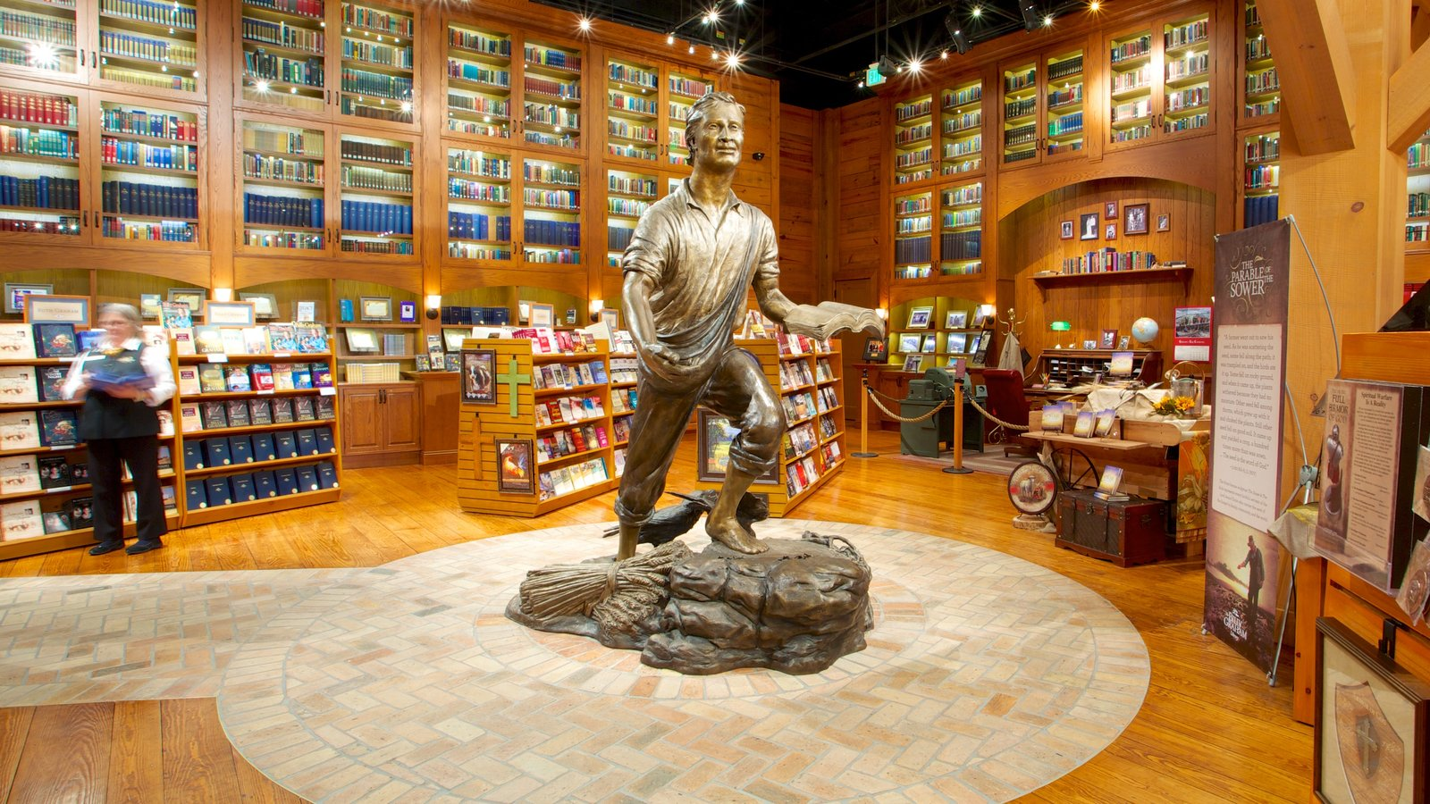 Billy Graham Library featuring art and interior views