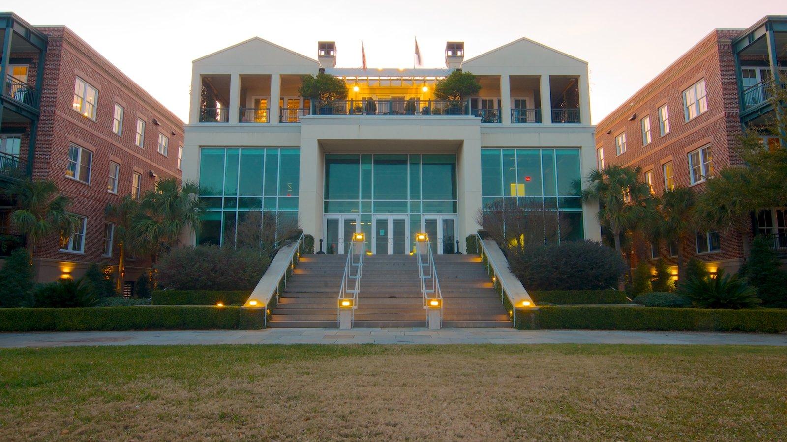 Charleston Waterfront Park caracterizando uma cidade