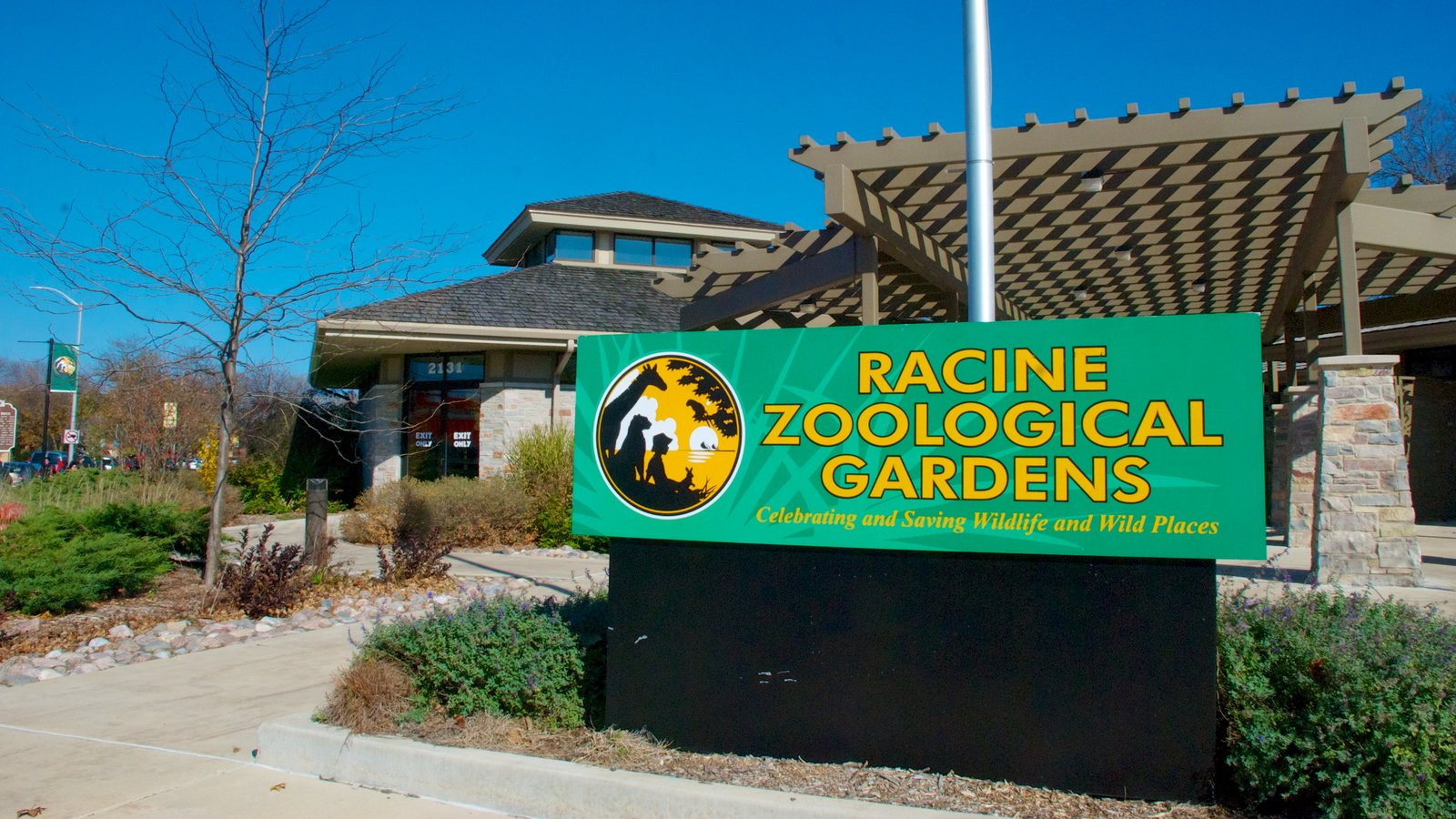 zoological gardens Welcome to the oregon zoo, the wildest place in oregon on 64 acres in the west hills of portland, the zoo is a world community of animals and humans, at the forefront of animal care, conservation and wildlife education.