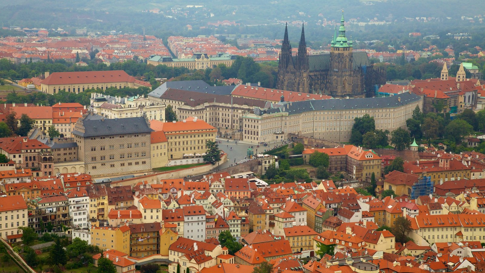 St. Vitus Cathedral showing a church or cathedral, a city and heritage architecture