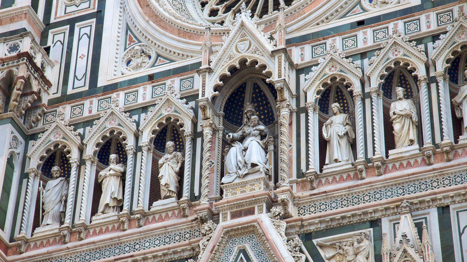 Catedral de Santa Maria del Fiore que inclui elementos religiosos, uma igreja ou catedral e arquitetura de patrimônio
