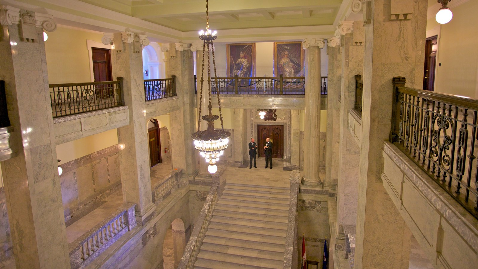 Alberta Legislature Building showing heritage architecture, an administrative building and interior views