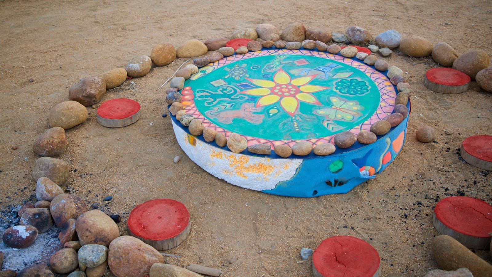 Wirikuta Garden showing outdoor art