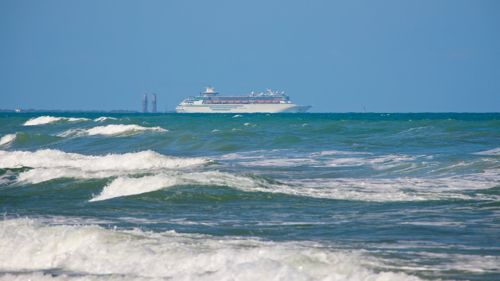 Cocoa Beach featuring general coastal views, cruising and waves