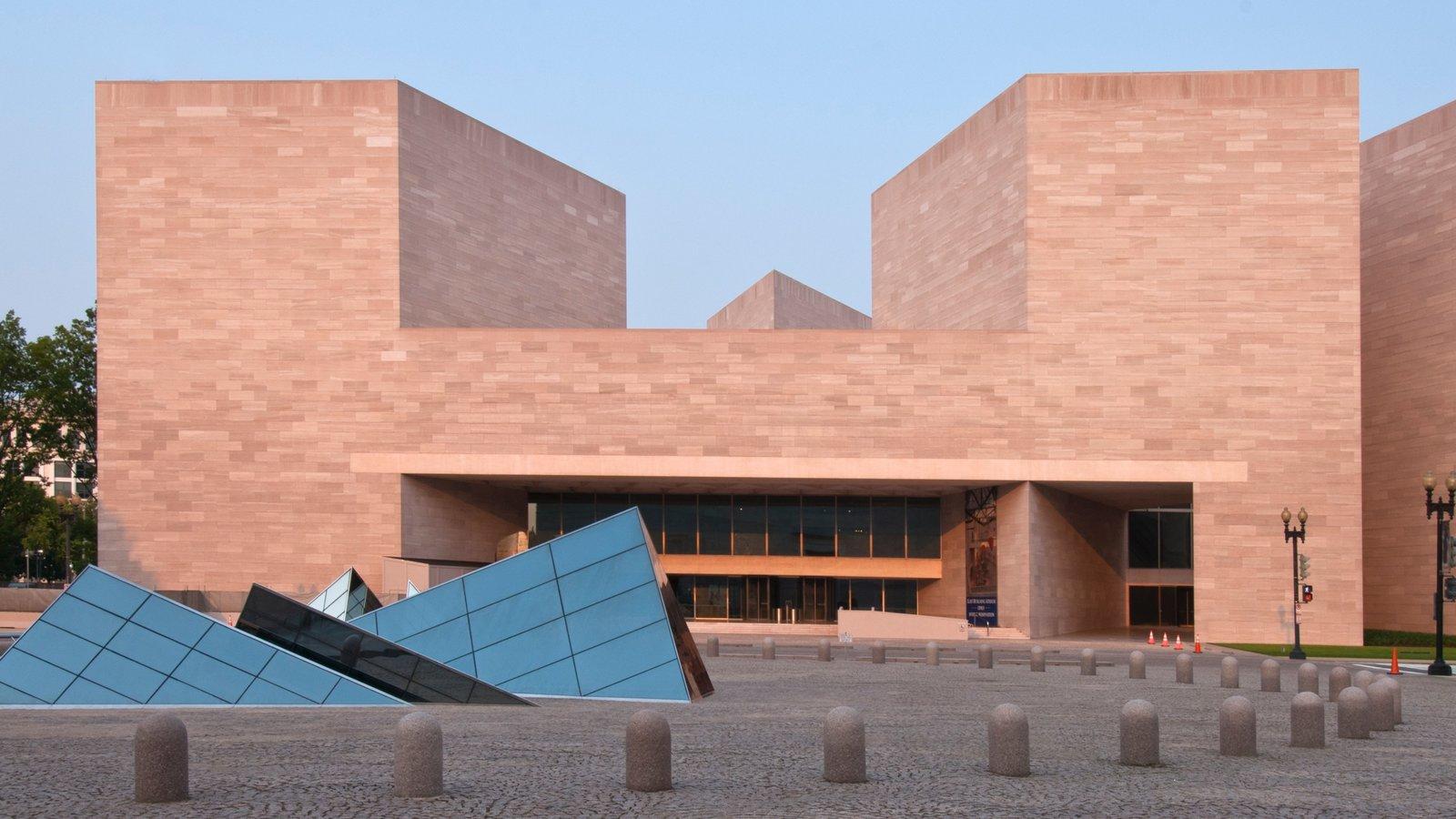 Galería Nacional de Arte que incluye arte al aire libre y arquitectura moderna