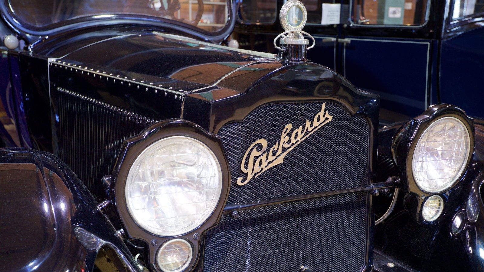 Fort Lauderdale Antique Car Museum caracterizando elementos de patrimônio
