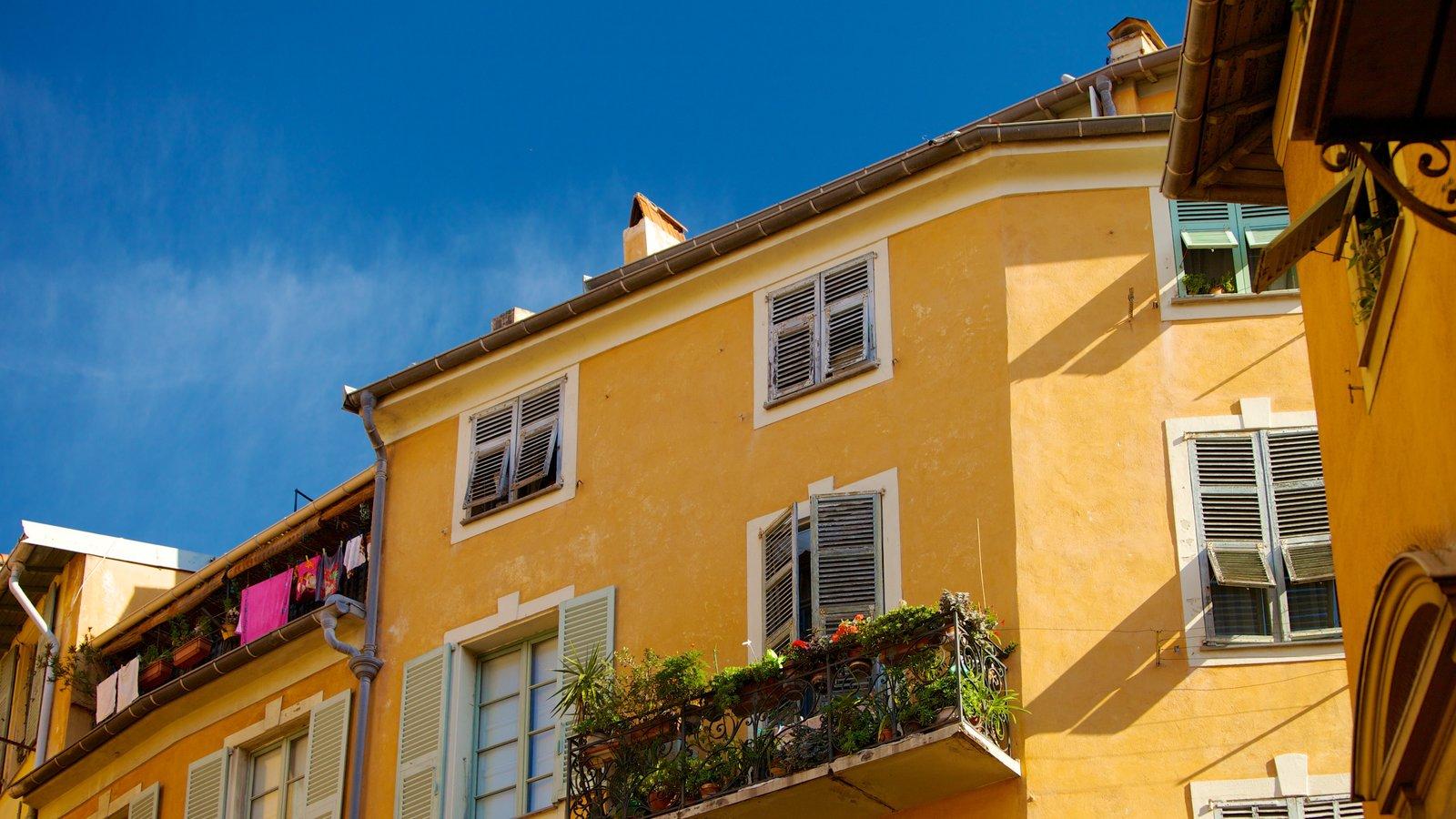 Centro Histórico caracterizando uma casa, uma cidade pequena ou vila e arquitetura de patrimônio