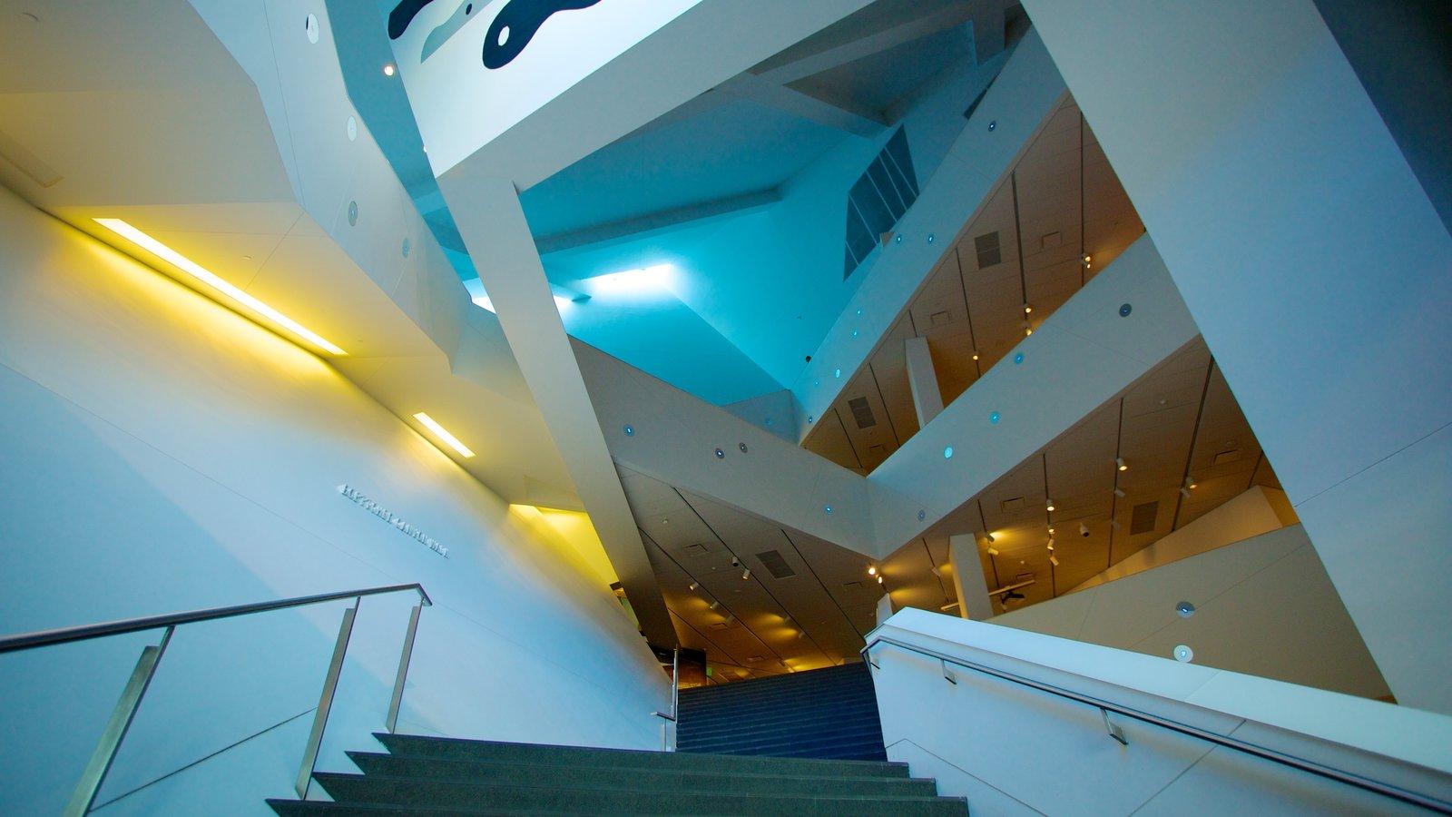 Denver Art Museum caracterizando vistas internas e arte