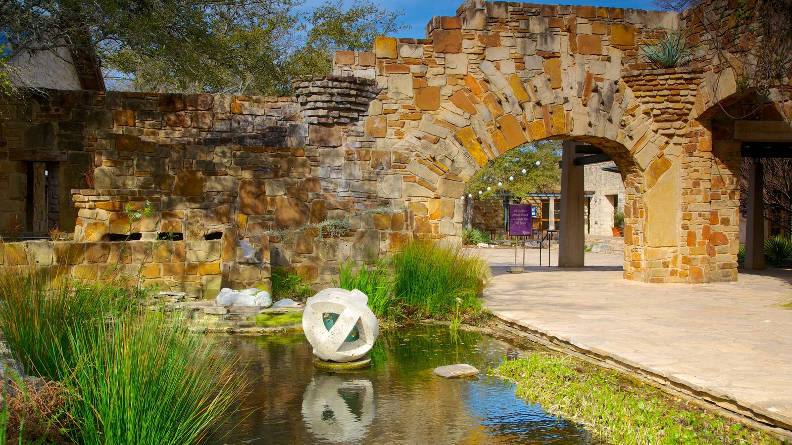 Historic Buildings Pictures: View Images of Lady Bird Johnson ...