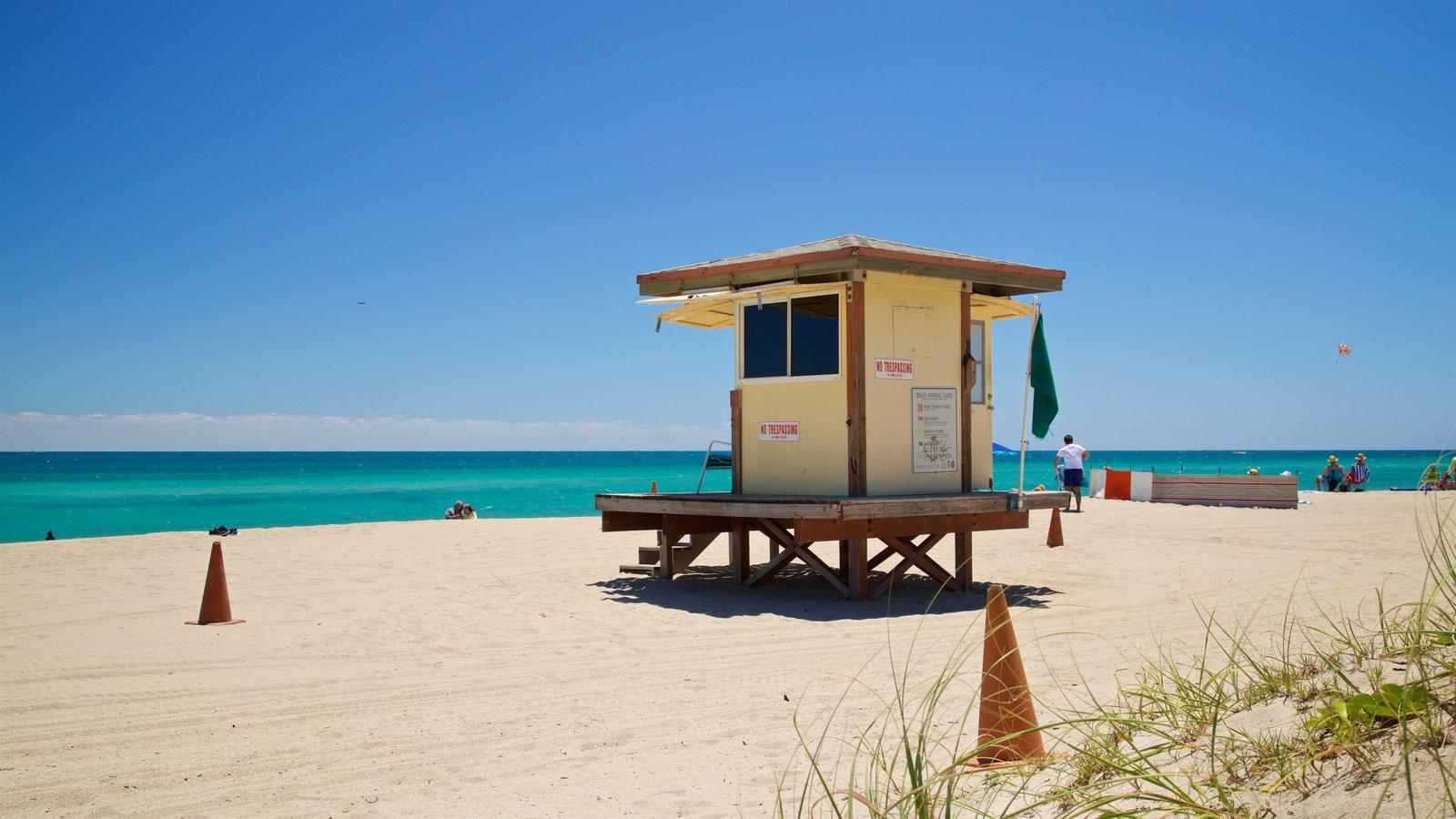 Hollywood North Beach Park que inclui paisagens litorâneas e uma praia de areia