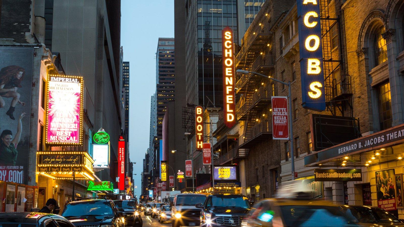 Manhattan caracterizando sinalização e uma cidade