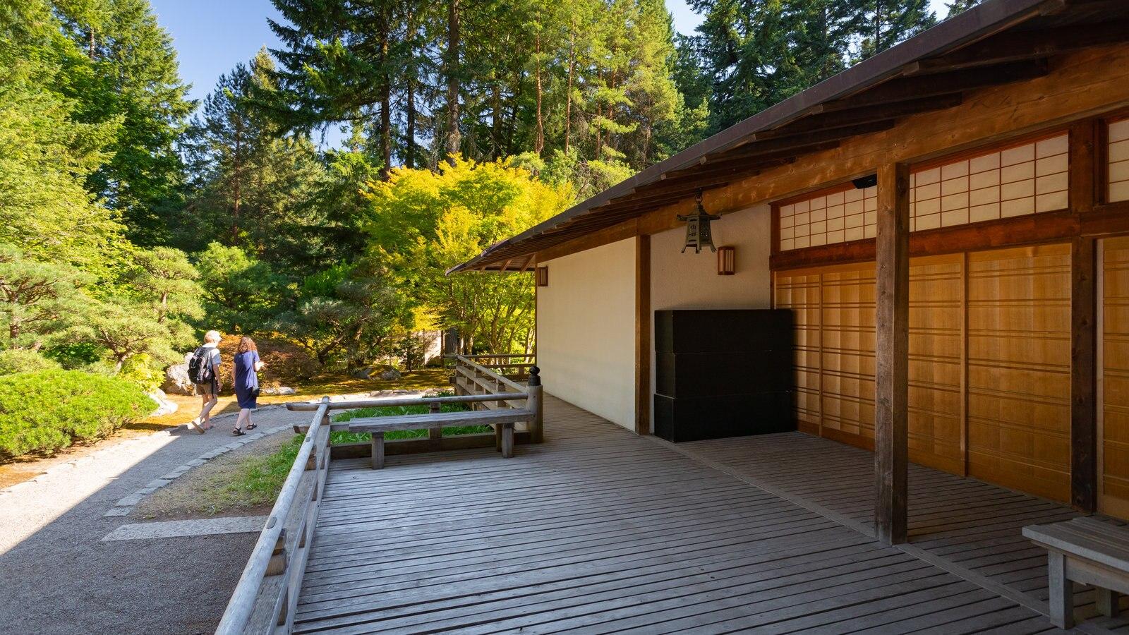 Jardín Japonés de Portland y también una pareja