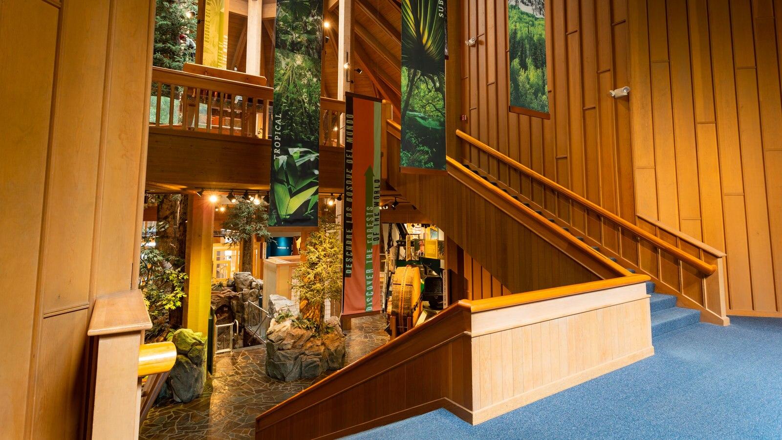 World Forestry Center que inclui vistas internas