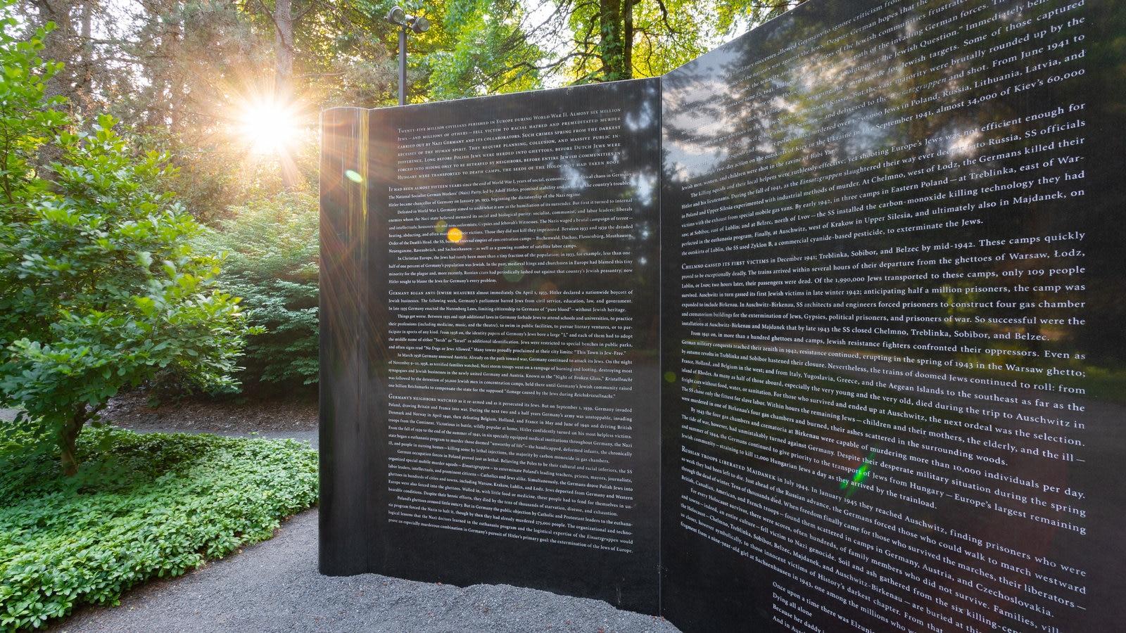 Monumento en memoria del holocausto en Oregón
