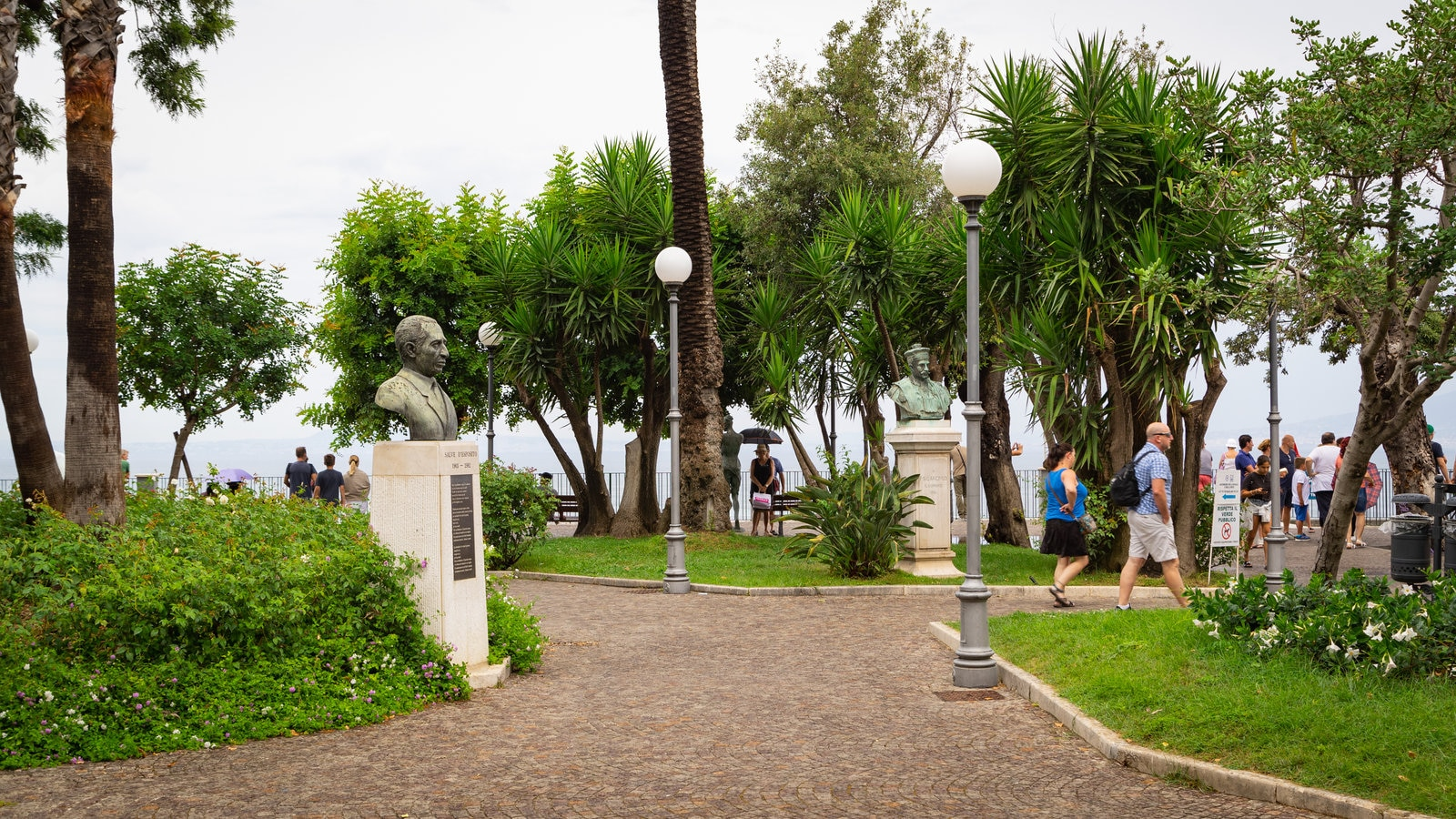 Villa Comunale Park featuring a park as well as a couple