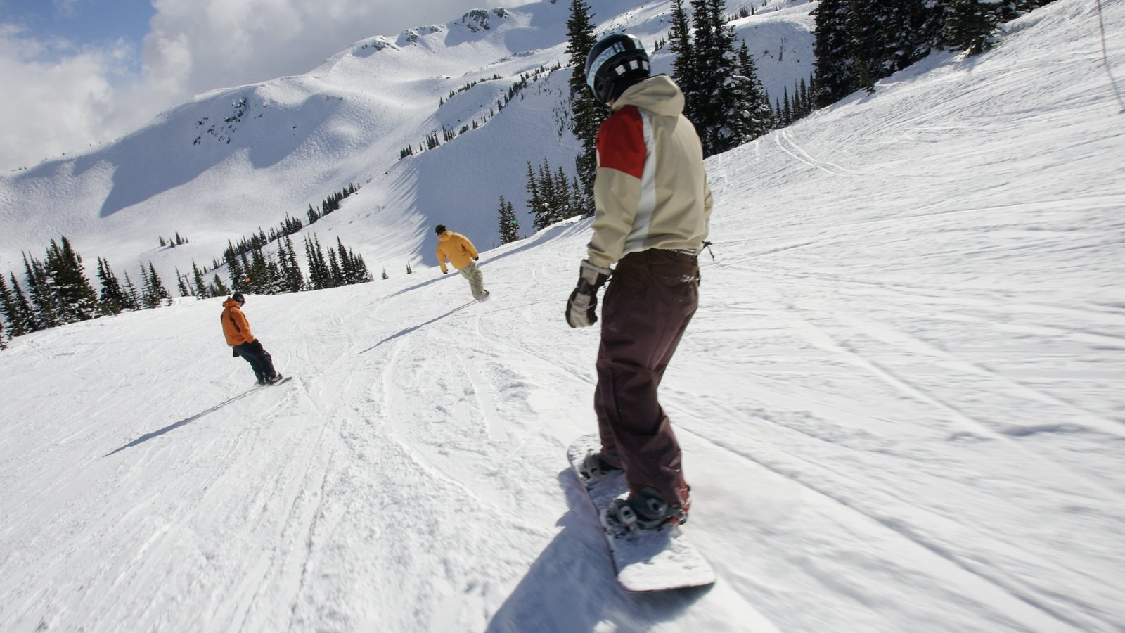 Whistler Blackcomb Ski Resort showing mountains, snow and snow boarding