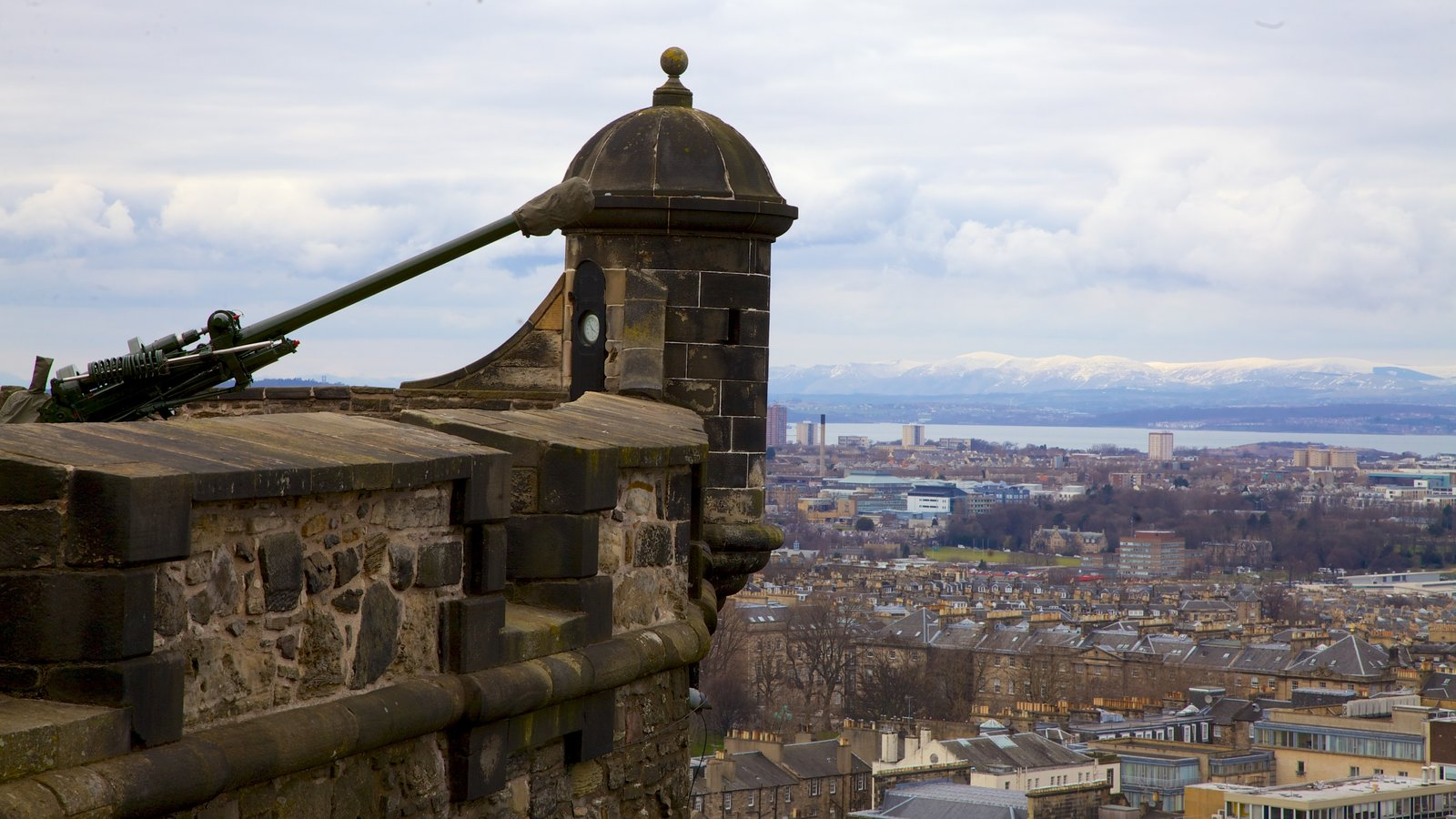 Edinburgh Castle featuring heritage architecture, a city and skyline