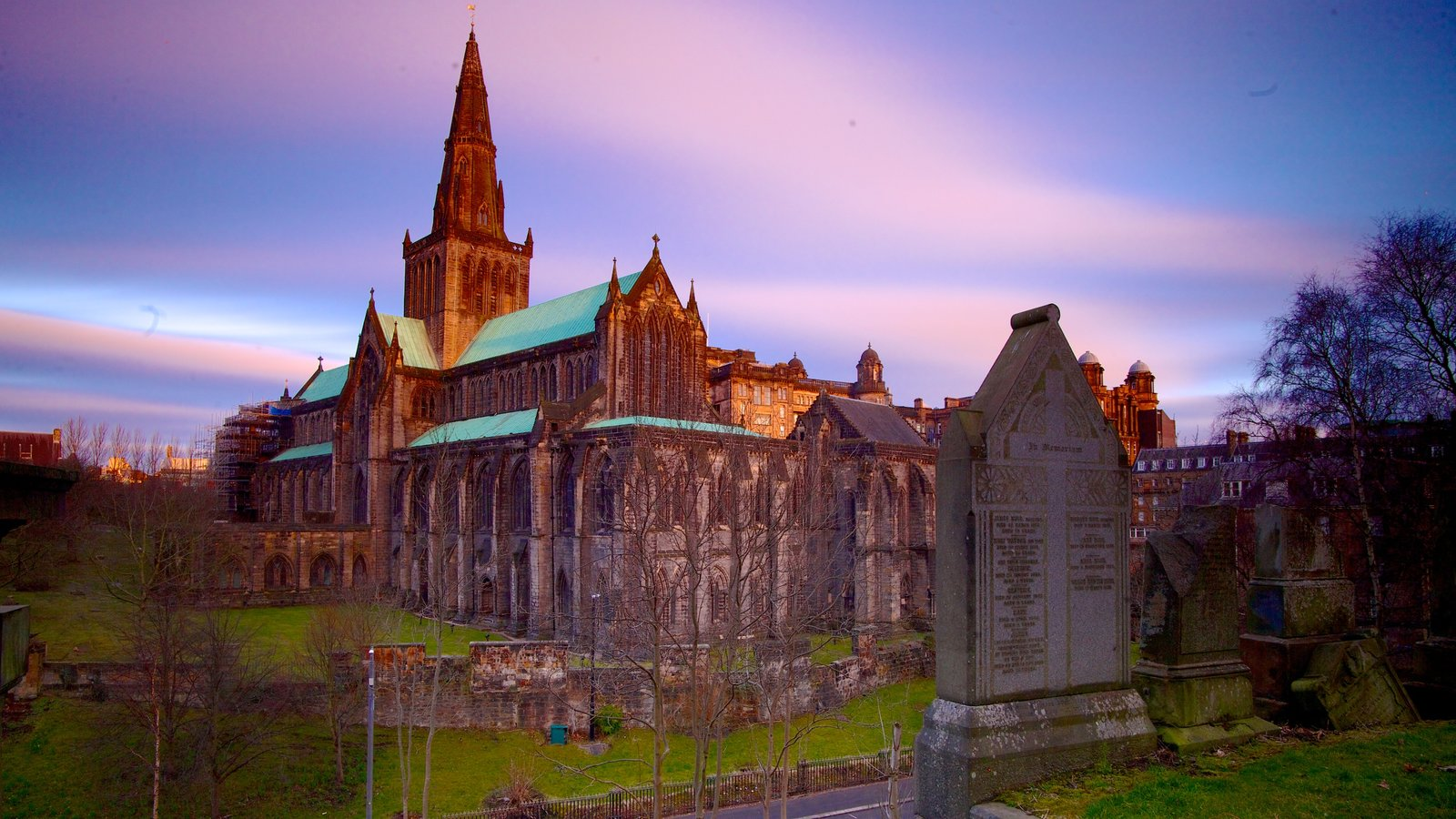 Glasgow Necropolis featuring heritage architecture and a church or cathedral