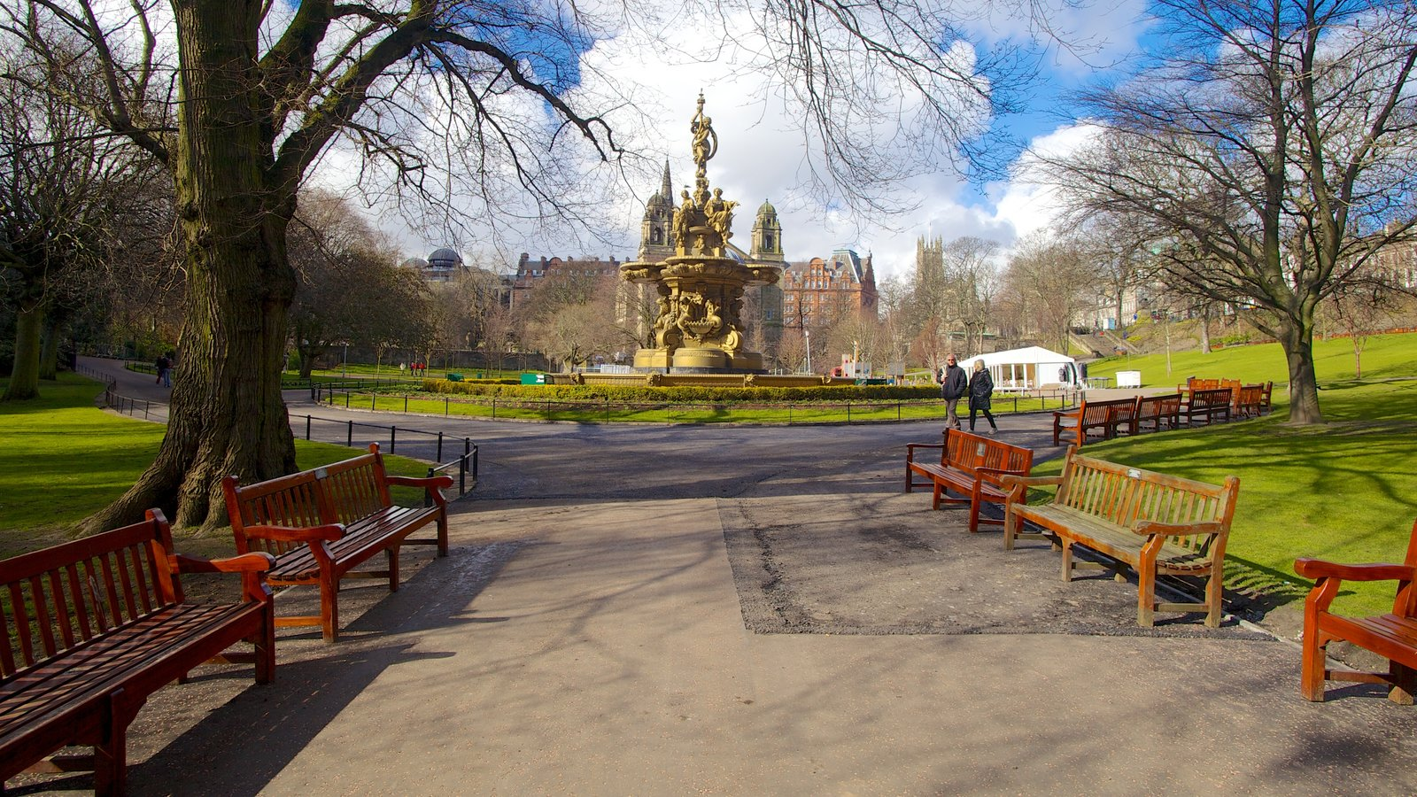 Princes Street Gardens featuring a city, street scenes and a square or plaza