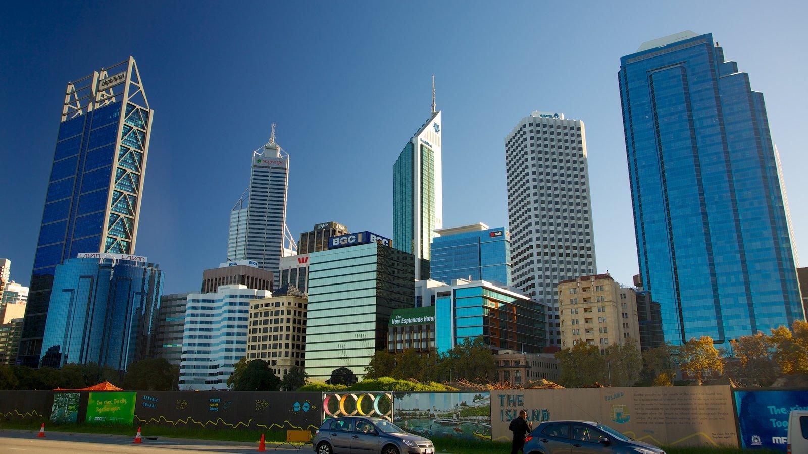 Swan Bells Belltower que incluye un rascacielos, arquitectura moderna y horizonte