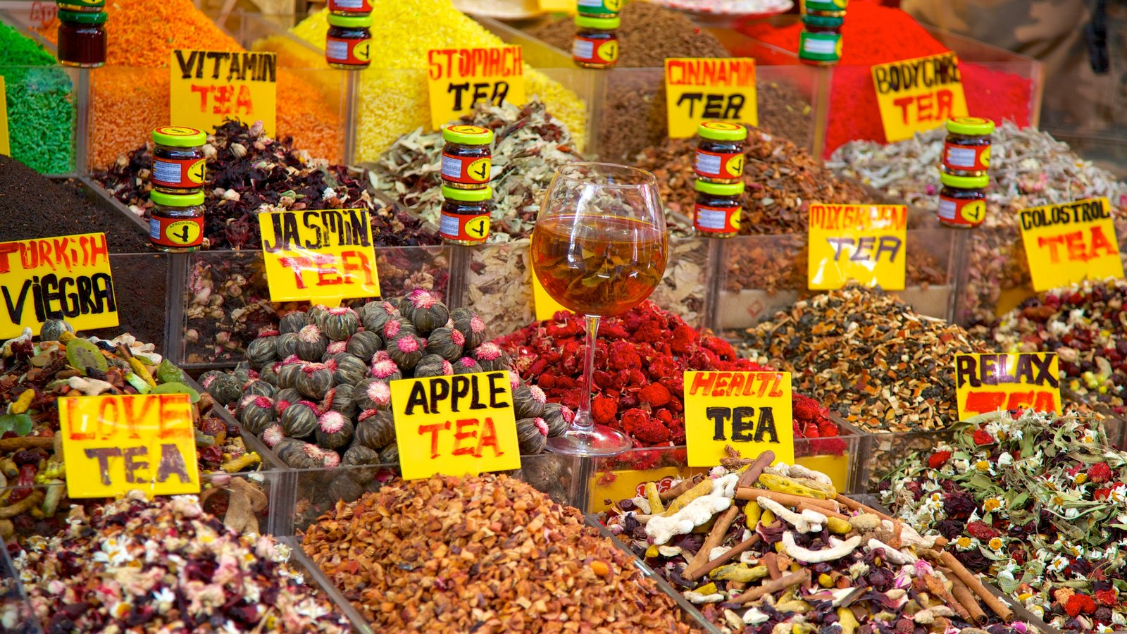 Grand Bazaar featuring markets and food