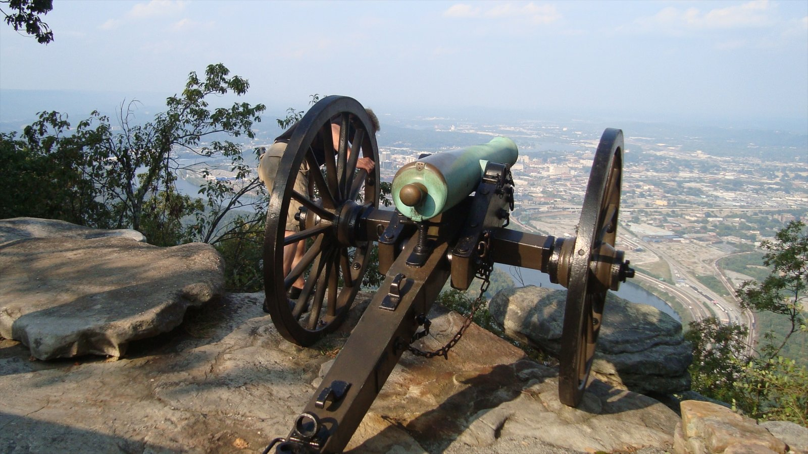 Chattanooga mostrando artículos militares