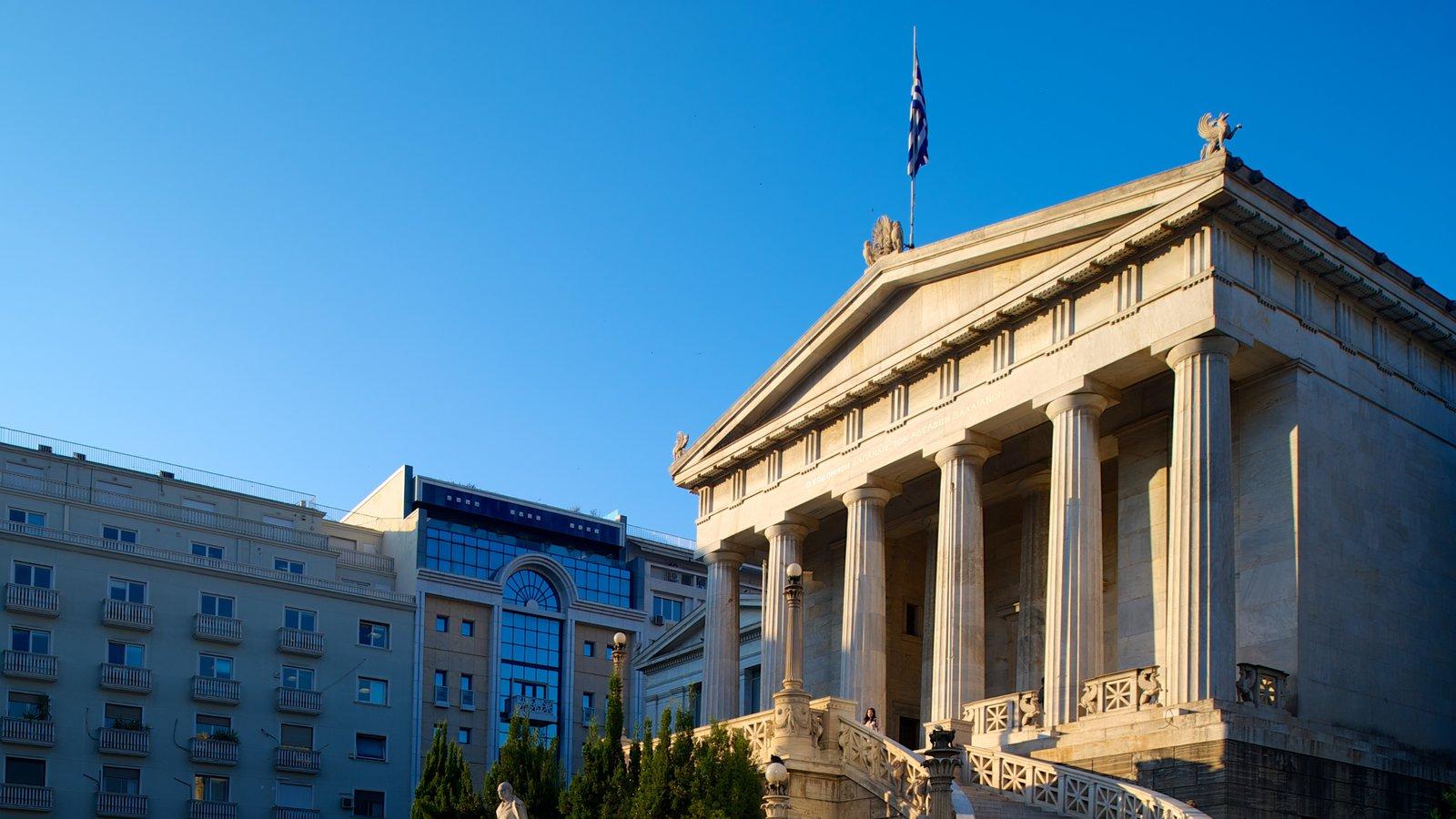 Biblioteca Nacional da Grécia caracterizando uma cidade, um edifício administrativo e arquitetura de patrimônio