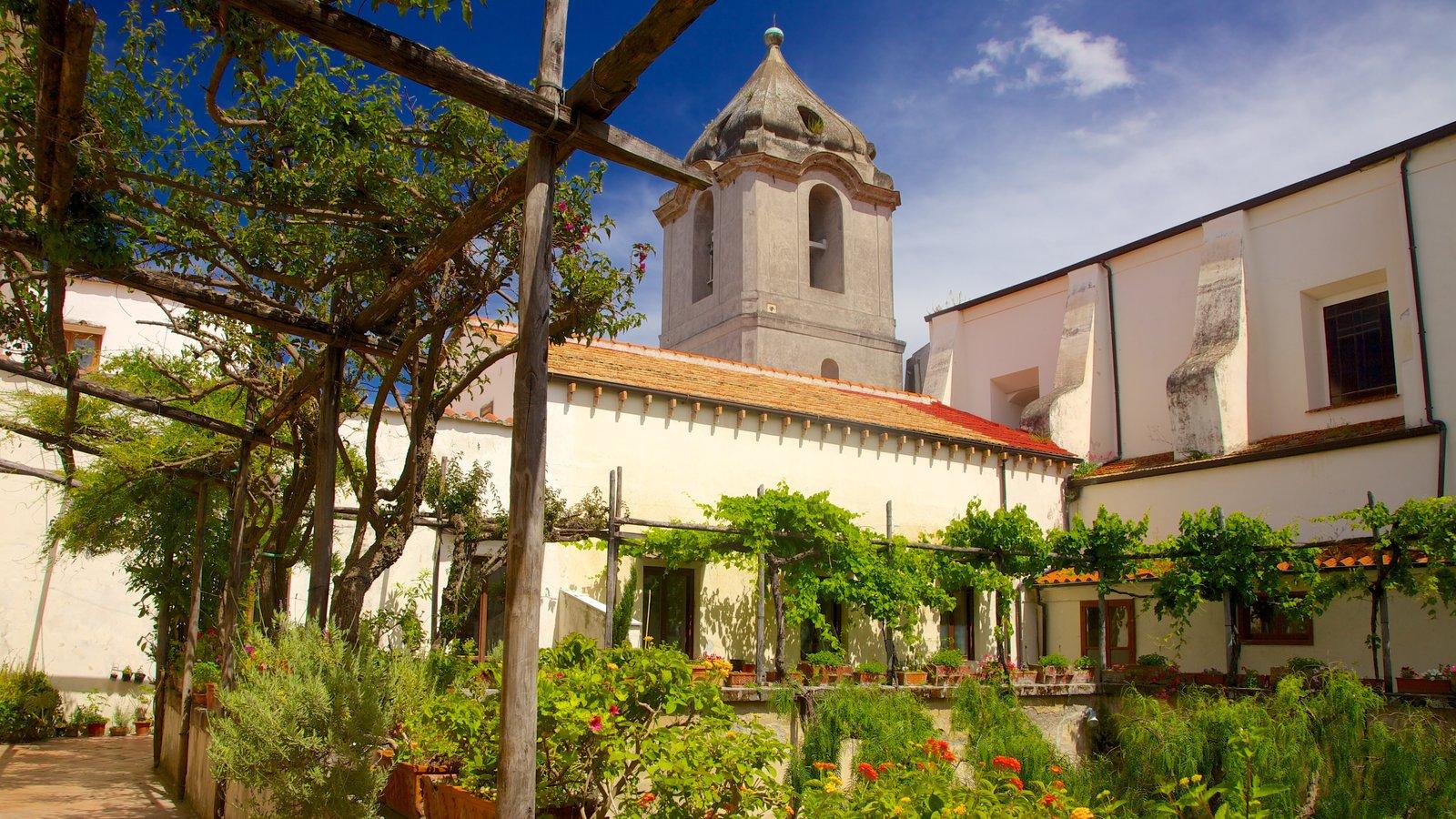 Chiesa di San Francesco mostrando un parque y una iglesia o catedral