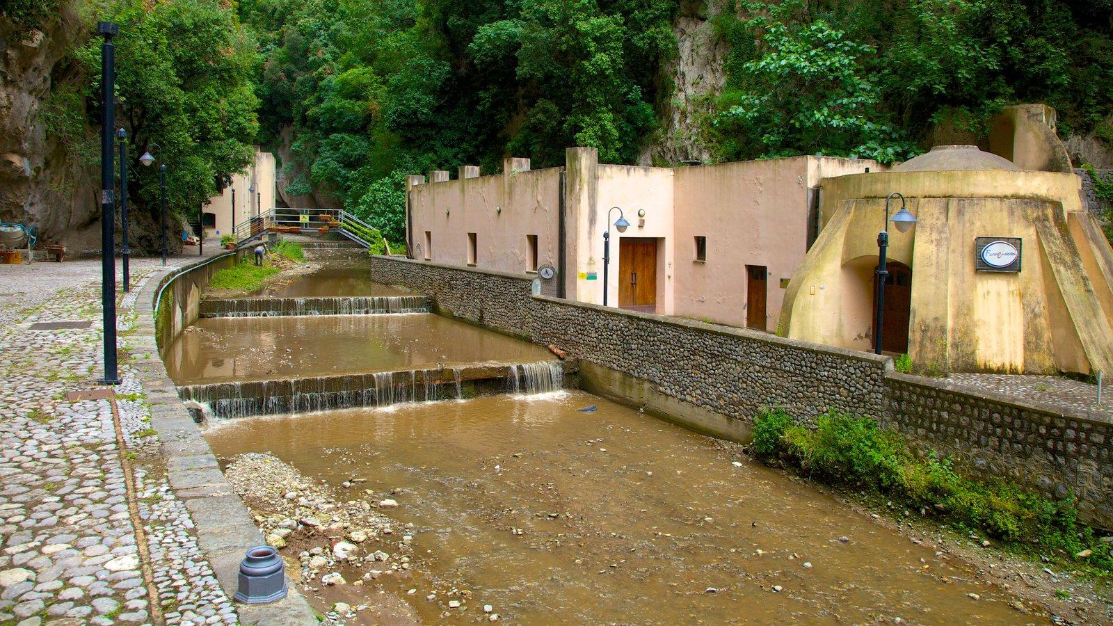 Fiordo di Furore showing a small town or village, a river or creek and street scenes