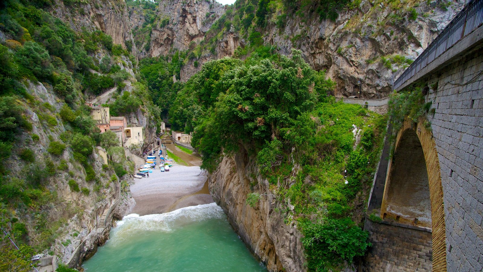 Fiordo di Furore showing a gorge or canyon, rugged coastline and general coastal views