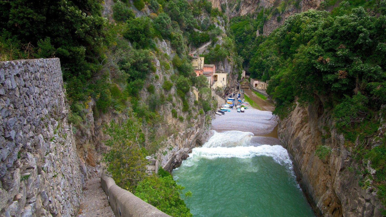 Fiordo di Furore showing a gorge or canyon, rocky coastline and general coastal views