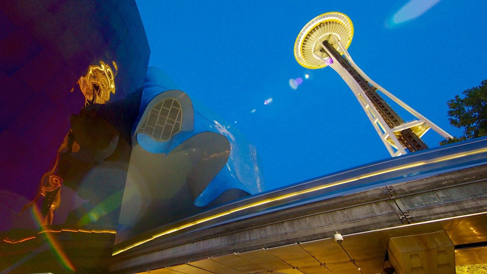 Seattle Center mostrando arquitetura moderna e cenas noturnas