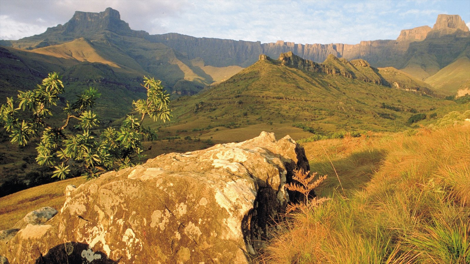 Drakensberg Mountains which includes landscape views, mountains and tranquil scenes