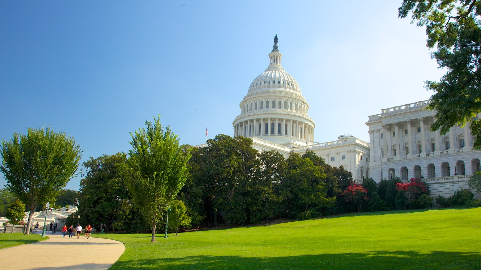 Capitólio dos Estados Unidos caracterizando um jardim, uma cidade e arquitetura de patrimônio