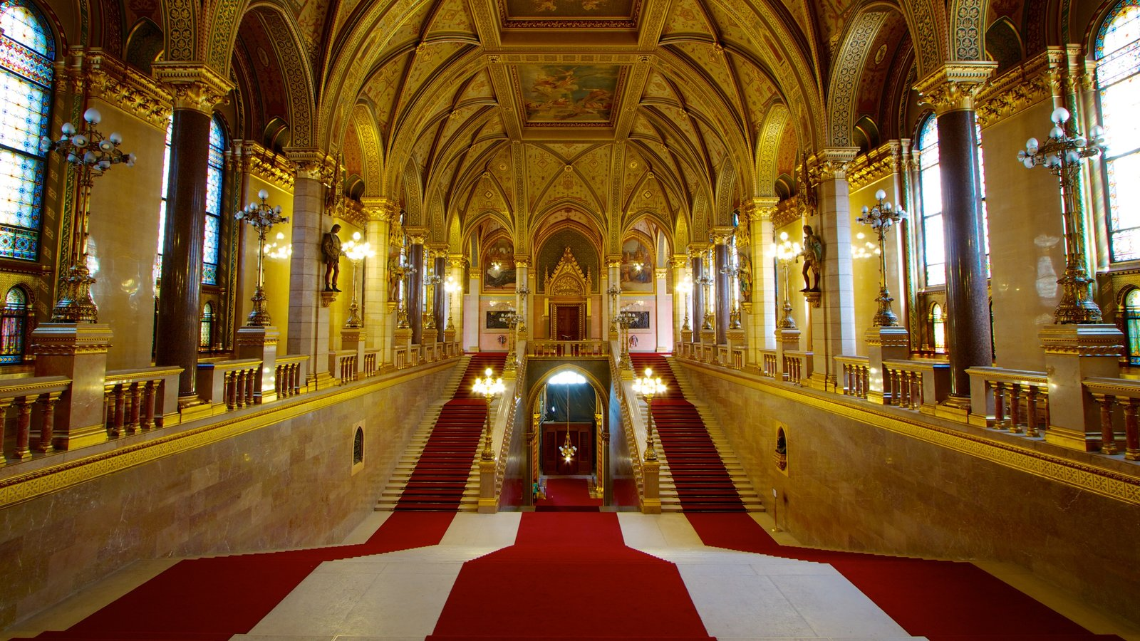 Parliament Building showing heritage architecture, an administrative building and interior views