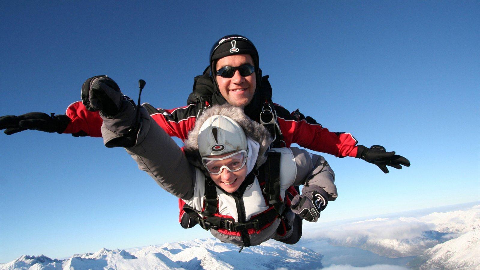 Queenstown which includes parachuting