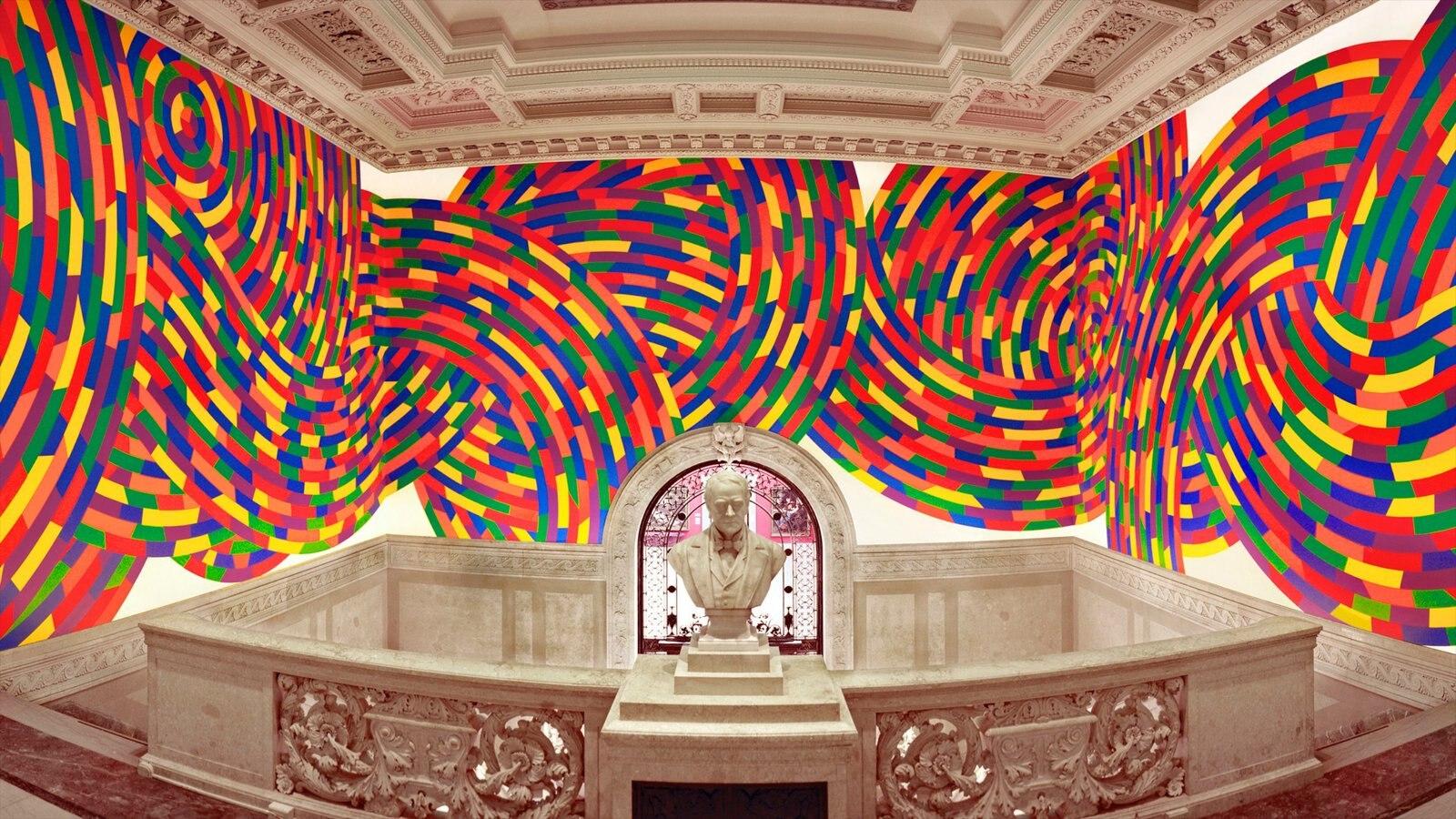 Hartford mostrando arte e vistas internas