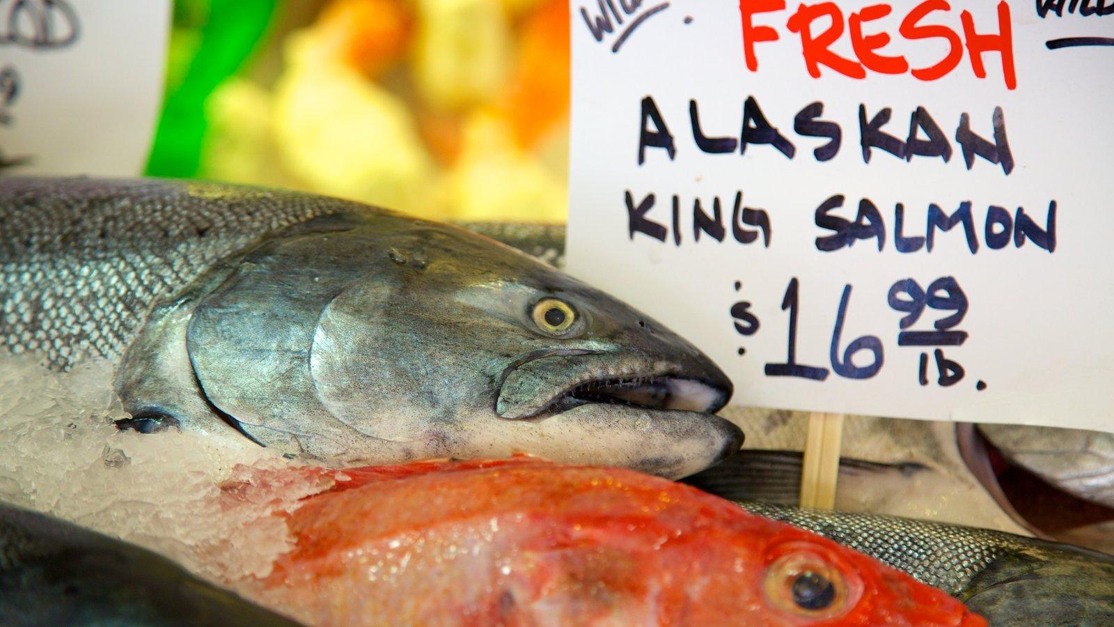 Pike Place Market ofreciendo señalización, comida y mercados