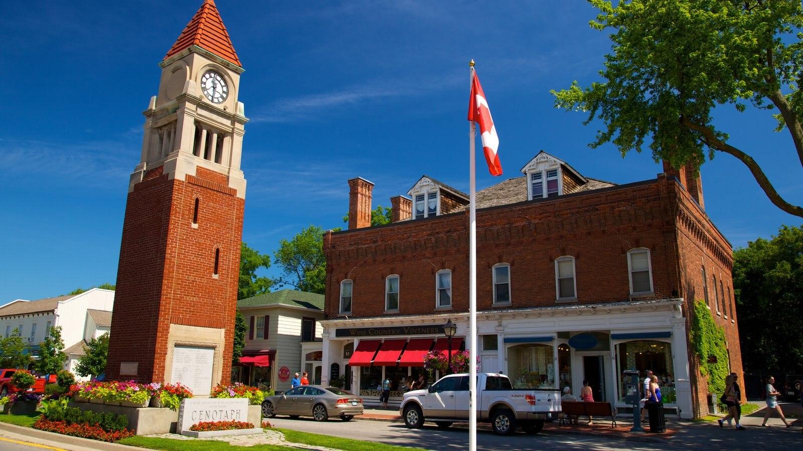Niagara-on-the-Lake que inclui arquitetura de patrimônio, cenas de rua e elementos de patrimônio