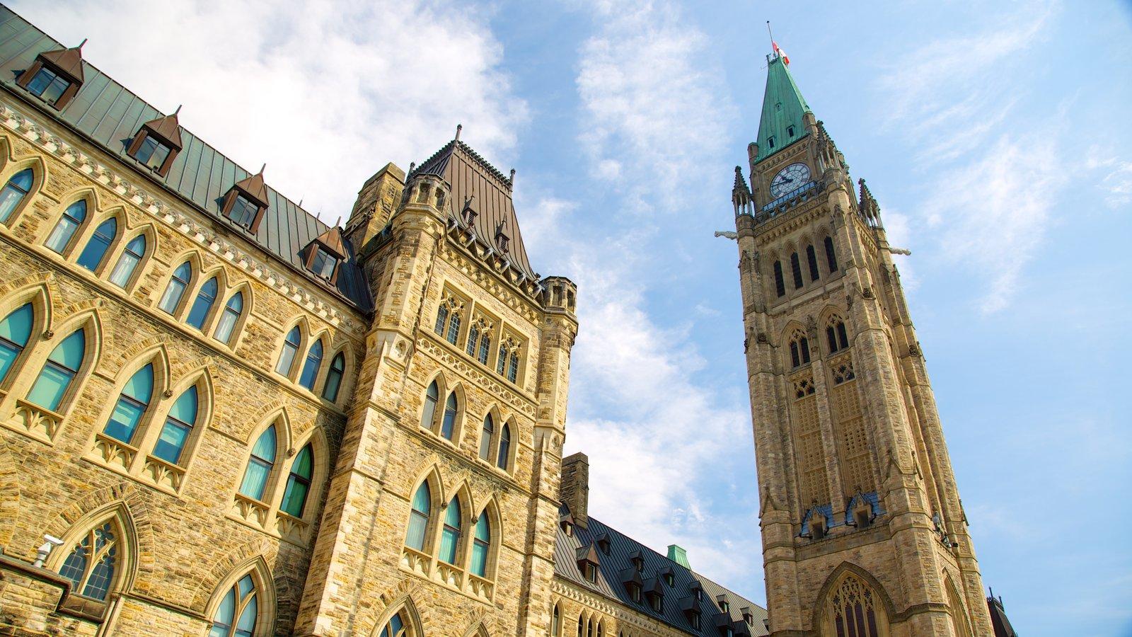Parliament Hill caracterizando um edifício administrativo e arquitetura de patrimônio