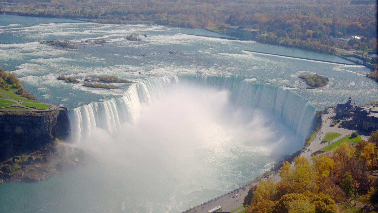Niagara Falls caracterizando uma cachoeira